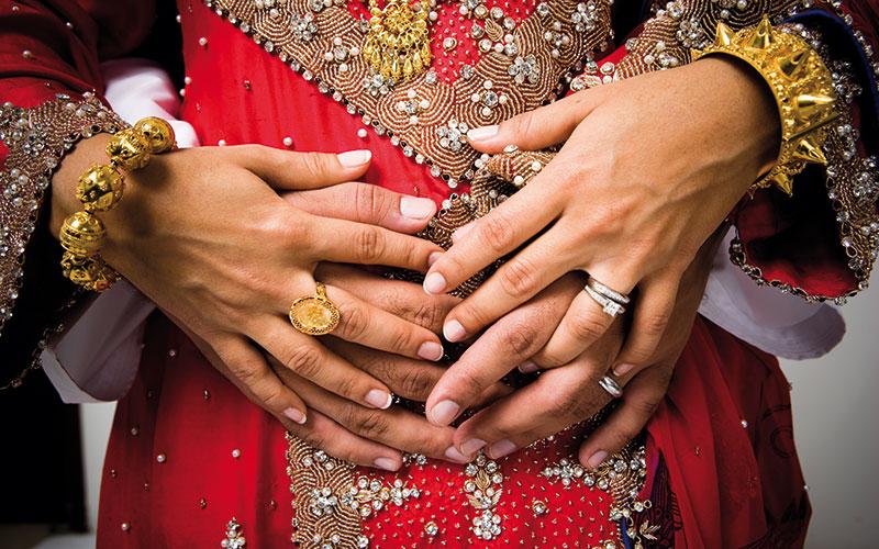 Tour du monde des traditions de mariage – femmesdumaroc