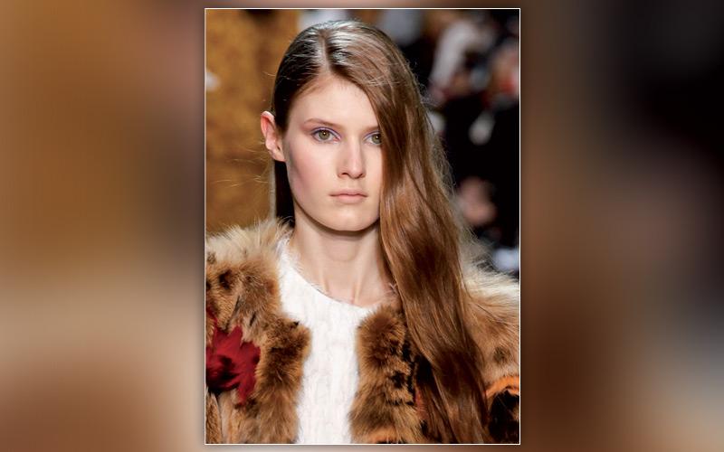 Les coiffures de la rentrée : La raie asymétrique