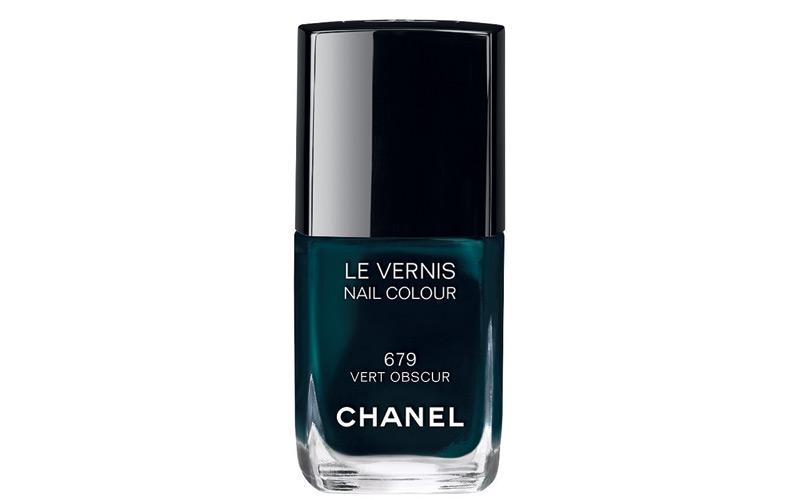 Le Vernis 679 Vert Obscur, Chanel.