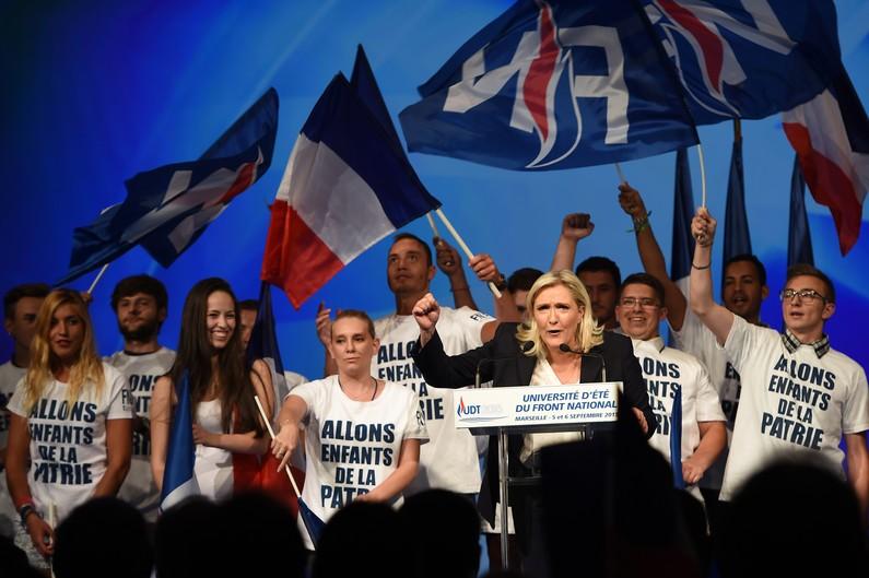 Front National Femme Au Foyer : France le front national en tete au premier tour des