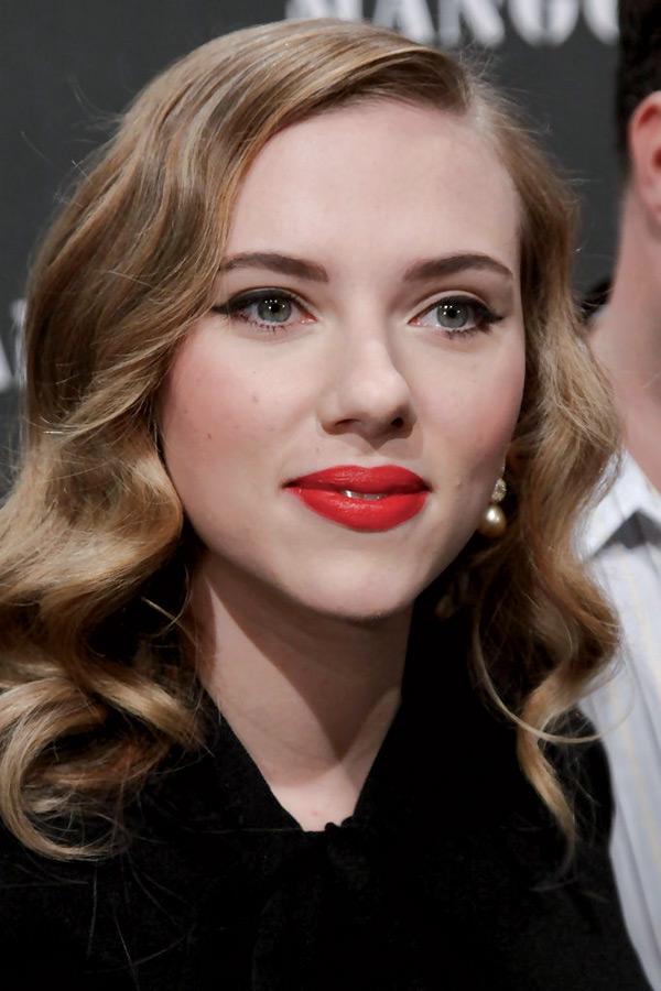 Scarlet-Johansson-2