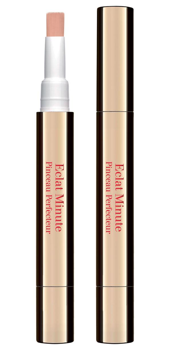Eclat-Minute-Pinceau-Perfecteur,-Clarins.-En-parfumeries