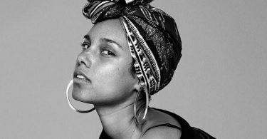 Alicia-Keys-a-nu-sans-maquillage-et-sans-artifices