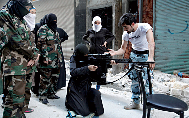 2Femmes-du-djihad-Les-meres-des-futurs-faux-lions-de-islam