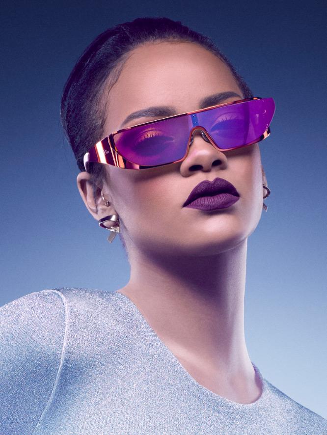 Rihanna-lunettes-de-soleil-Dior-2